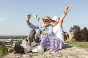 5 cuidados especiais com idosos no verão