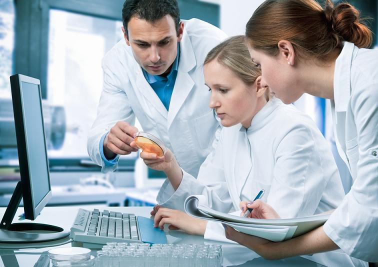 curso auxiliar de laboratorio e analises clinicas.jpg