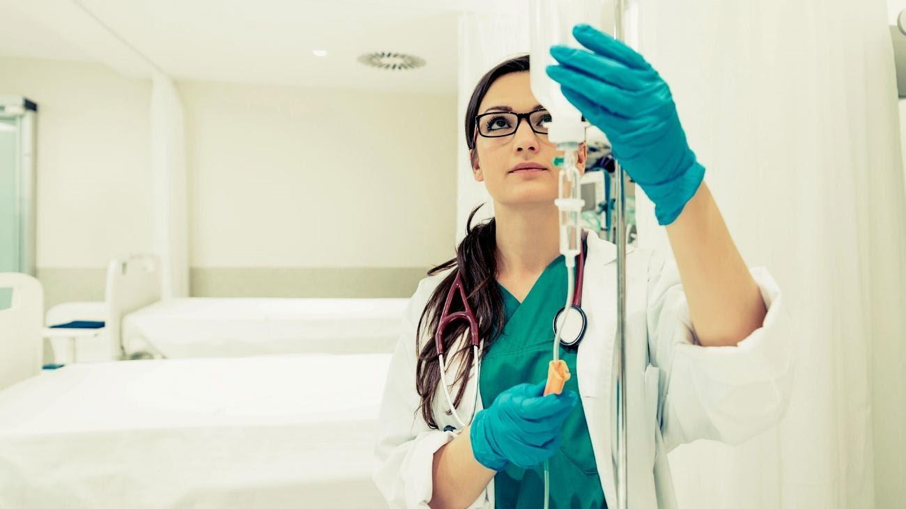 5 dicas de cursos técnicos para começar na área de saúde