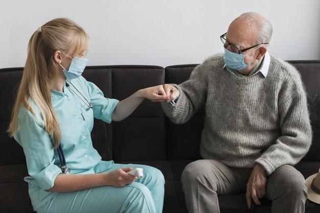 10 cuidados para a prevenção à Covid 19 em lares de idosos